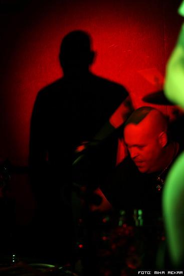Slika   Nick Oliveri v Orto baru (img 0851)